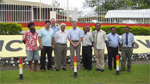 Madang Governor flanked by visiting South Australian officials (third from left, front row) and Mayor (left) with PNG GPS stakeholders AusAID, CLGF, PNG ULLGA and Madang Council staff outside Madang Provincial HQ.