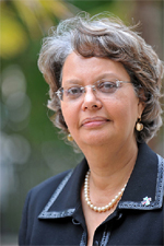 Patricia R. Francis (Jamaica), an award-winning leader and business facilitator, is a member of the Commonwealth EPG.